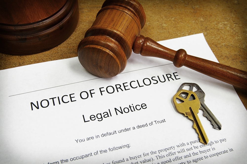 How Should I Respond to a Bank Foreclosure Notice Due to Coronavirus?