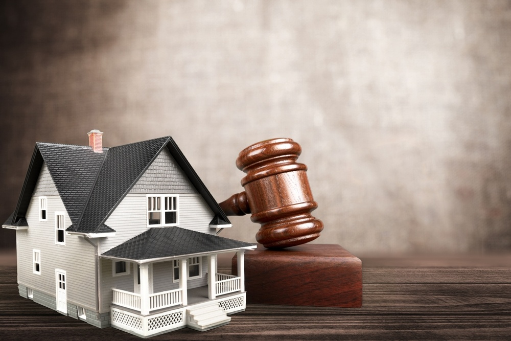 Pensacola Homeowner Tries to Prevent Foreclosure Due to HOA Lien